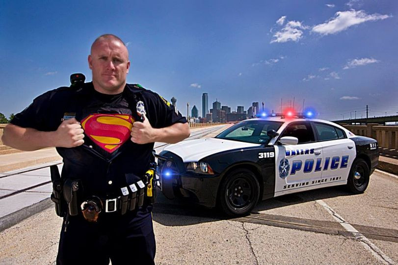 listen now this fort worth officer is a real life superhero 90 9 kcbi fm. Black Bedroom Furniture Sets. Home Design Ideas