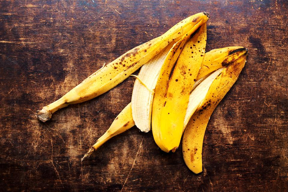 Listen Now Rebecca S Top 5 Ways To Use Banana Peels That Has